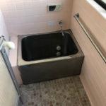 1階キッチンの隣にあるお風呂(風呂)