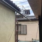 2階の窓を開けると洗濯干し竿があります