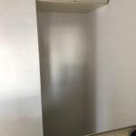 キッチン背後に冷蔵庫置き場