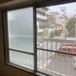 和室4.5畳の窓を開けた景色